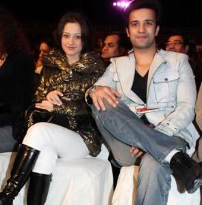 Aamir Ali with his wife Sanjeeda Sheikh.  Photo: Viral Bhayani