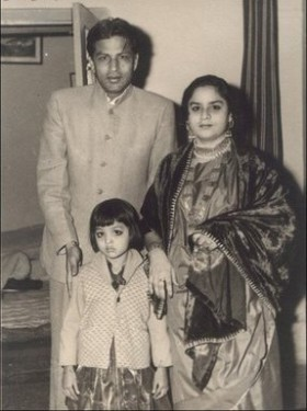 Just before Shah Rukh was born.