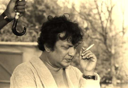 Uttam Kumar shooting for the climax scene of Plot Number 5