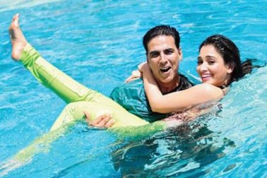 Akshay-Tamanna-Its-Entertainment