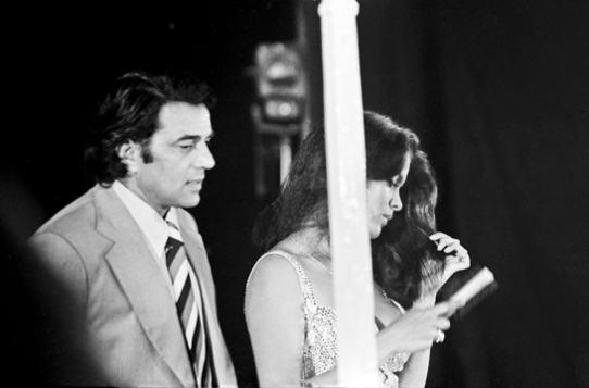 Dharmendra and Zeenat Aman
