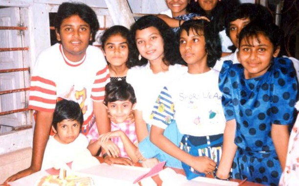 Rani during celebrating 10th birthday celebrations at her home near Juhu. You can also see her cousin Sharbani Mukherjee in the picture.