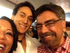 Ayesha attempts a selfie with me and Tiger at the press screening of Heropanthi