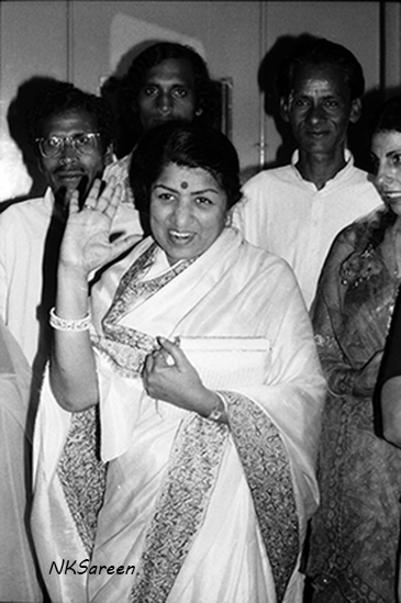Lata Waving