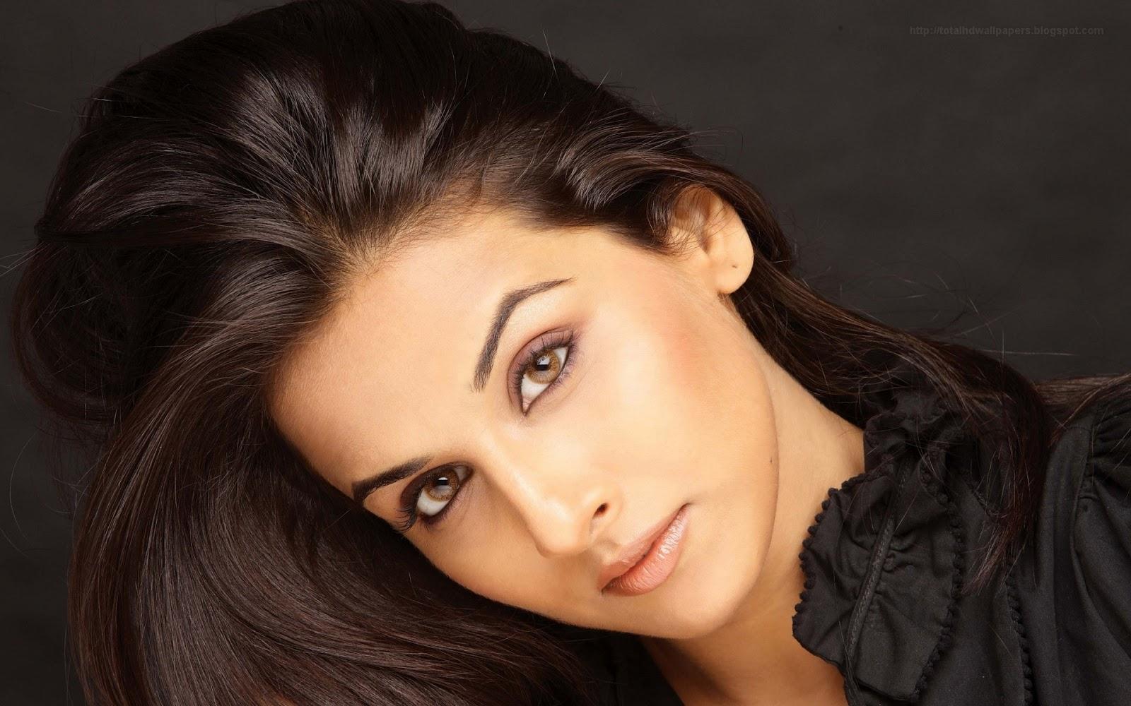 Beautiful Bollywood Actress Vidya Balan Full Hd Hq Wallpapers5 Copy Bollywood Journalist