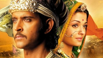 Jodhaa Akbar (2008) It's a three-and-a-half hour painting in motion. There are very few films in Indian cinema that can be called flawless; 'Jodhaa Akbar' is certainly one of them!