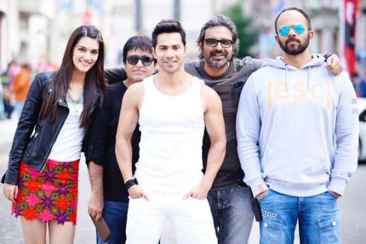 varun-dhawan-fun-mode-sets-dilwale-bulgaria