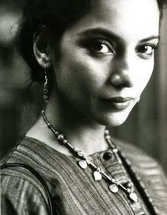 Shabana Azmi vintage
