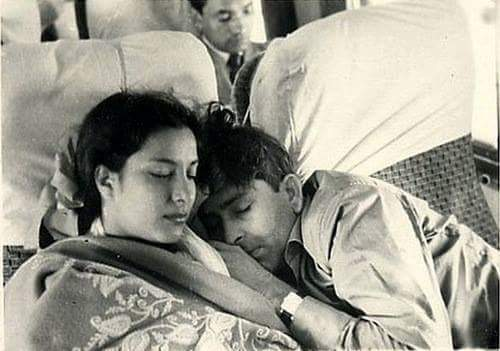 Raj Kapoor and Nargis. One of the first fairy tale relationships that didn't last in Bollywood.