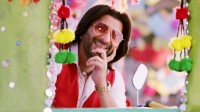 Arshad-Warsi-In-The-Legend-of-Michael-Mishra-Wallpaper-03846